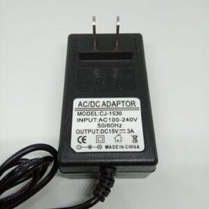Adaptador de Poder 15 V 3 A